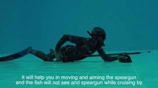 Repeat youtube video spearfishing tactics - moving and holding the speargun