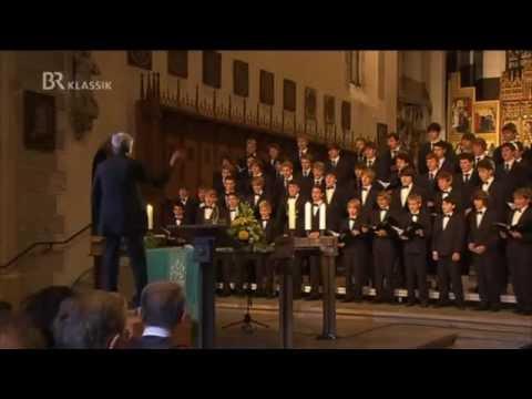 Windsbacher Knabenchor - 34 Jahre Knabenchor: Dirigent Beringer verlässt die Windsbacher (BR 2011)