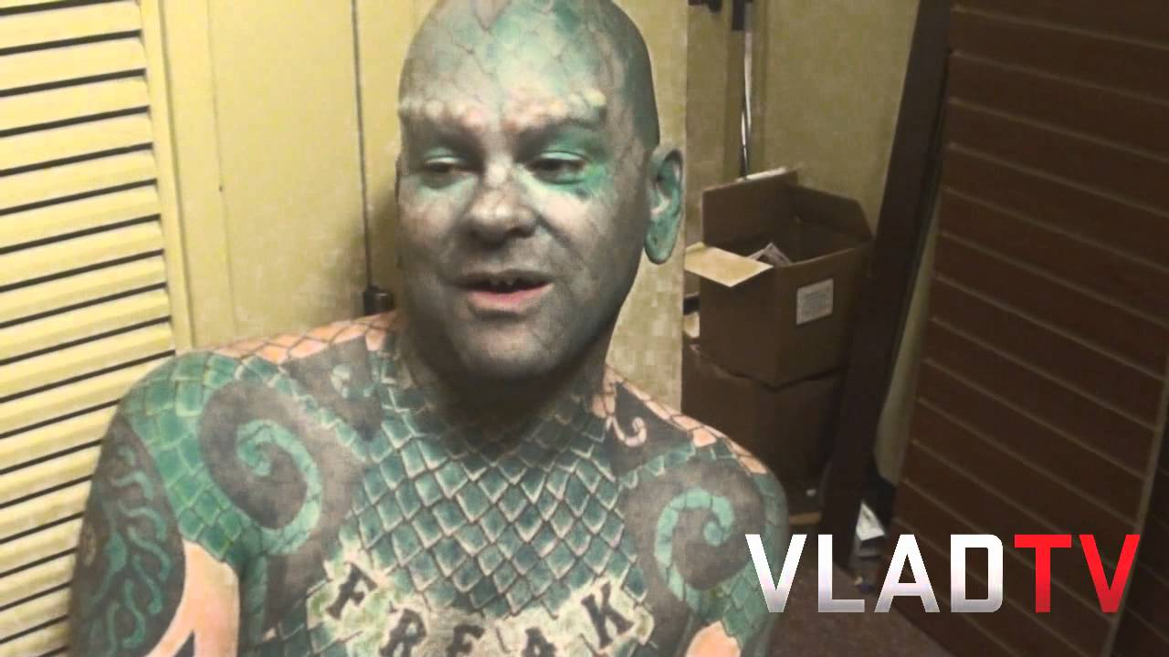 Meet The Lizard Man - Youtube-3885