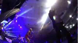 Andy- Nagou na Nemisheh- Vegas concert opening