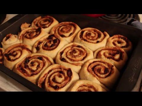 "Vegan! Cinnamon Rolls with ""Cream Cheese"" Frosting (Recipe)"