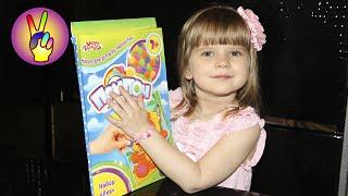 Поделки своими руками. Мягкая аппликация из помпонов своими руками! Детский канал Victoria Play.