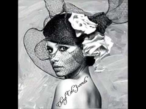 Cheryl Cole - Parachute Remix