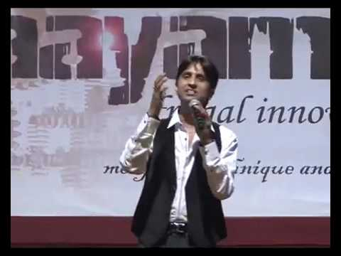 Dr  Kumar Vishwas awesome performance @NIT # kavi...