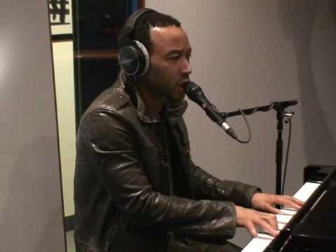 Everybody Knows: John Legend Live @ B-Side (Radio Deejay)