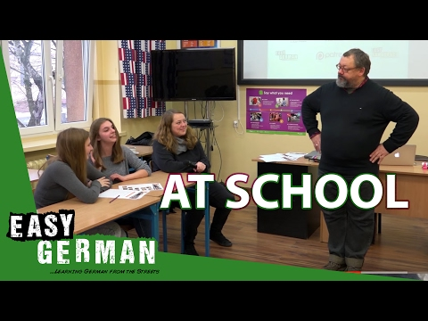 At School | Super Easy German (17)