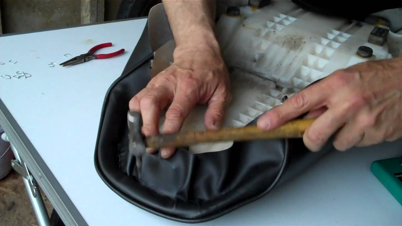 Delboys Garage Project Bandit HowTo Recover A Motorcycle - Stretch vinyl for motorcycle seat