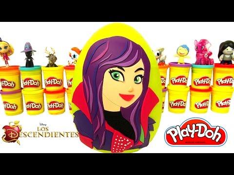 Huevo Sorpresa Gigante de Mal de Los Descendientes en Español de Plastilina Play Doh
