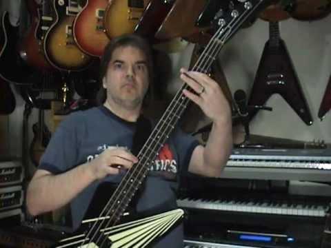 Beginner Bass Guitar Lesson Hearing Bass Drum And Chord Changes Scott Grove