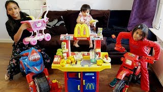 Baby Serving Real Fruits and Veg at McDonald's Drive Thru | Kids Kitchen Playset Playtime