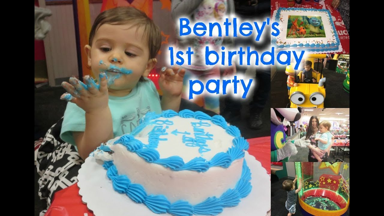 Babys First Birthday Cake Smash Chuck E Cheese Party Presents