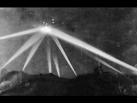 25 Februari dalam Sejarah: Los Angeles Panik Masal Ketika Pesawat Misterius Dilaporkan Terbang di Angkasa