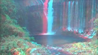 世界遺産登録された富士山についてきた 白糸の滝の3D動画です。 アナグ...