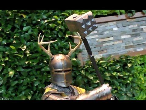 ROBERT BARATHEON! Game of Thrones Cosplay at Arisia 2014