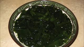 Чем обедал сыроед     Морские водоросли. Сырая льняная каша.