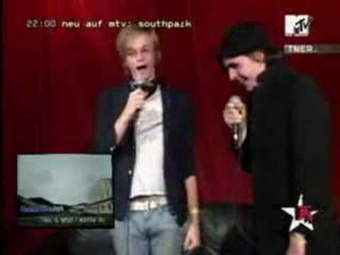 Art Brut - Boom Boom Boom Boom (Karaoke by Jasper and Eddie)