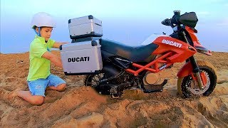Mini Bike Stuck in the Sand | Ride On Power Wheels SportBike for Kids | Pretend play with motor bike