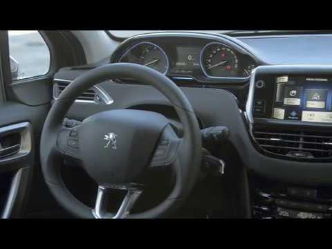 Peugeot 2008 Intérieur (Officiel) - YouTube