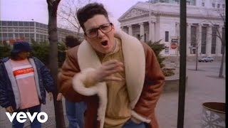 Watch 3rd Bass BrooklynQueens video
