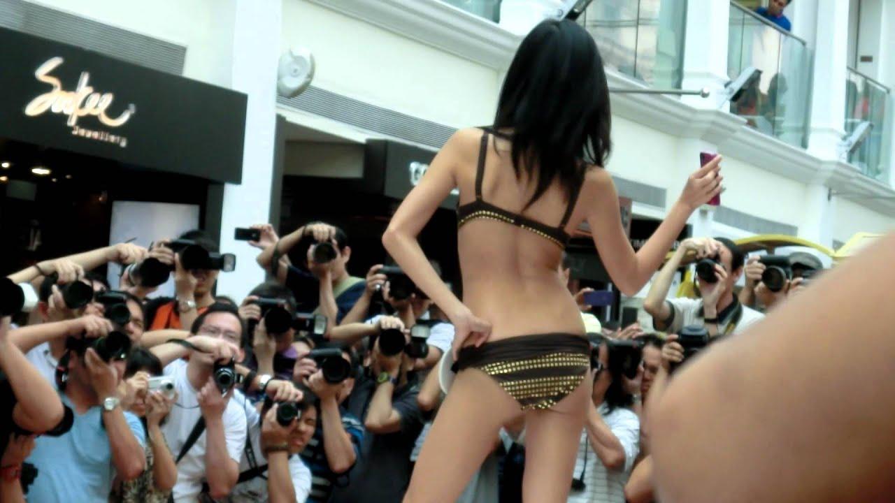 ebedca2727 FHM Model Singapore 2012 Top 10 -Triumph / Swimwear Part 5 - YouTube