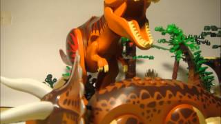 LEGO TYRANNOSAURUS REX VS TRICERATOPS