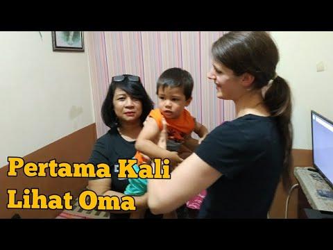 Tak Terduga Reaksi Anak BULE Melihat Pertama Kali Neneknya