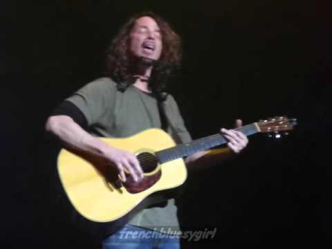 Chris Cornell - Rusty Cage (Johnny Cash style) - Live Paris - 22/04/2016