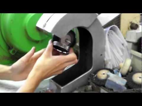 Polishing jewelry, Turnov Symposium 2012