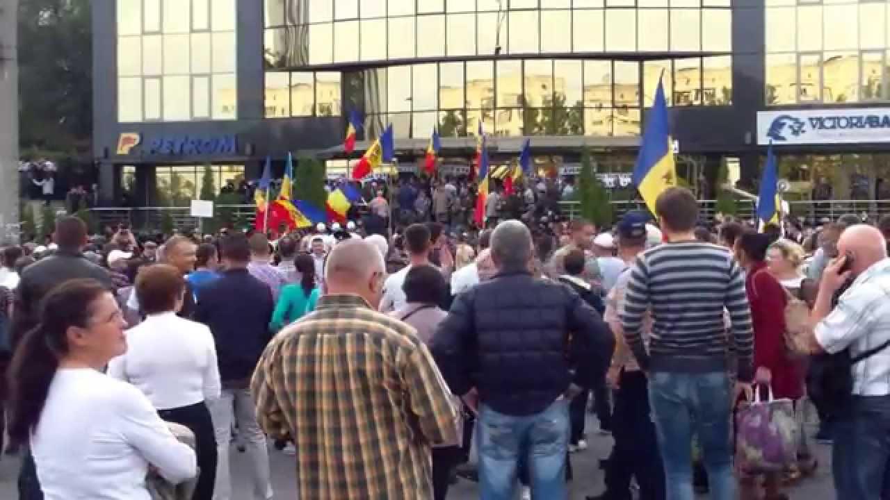 Veteranii și protestatarii civili nu ascultă de Năstase