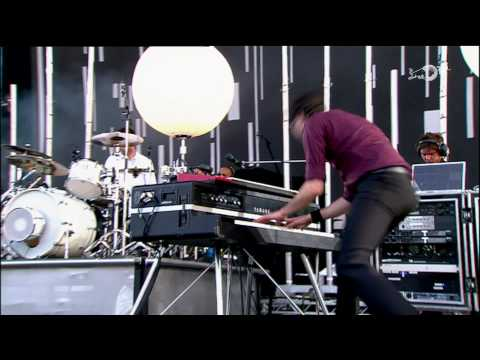 Keane - Somewhere Only We Know, Is It Any Wonder (Isle of Wight Festival 2007) High Definition