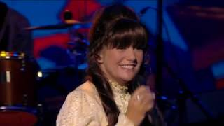 KAREN SO CLOSE : Toni Lee recreates the astonishing Voice of Karen Carpenter