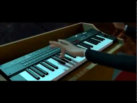 Monsters vs Aliens   President Playing Keyboard