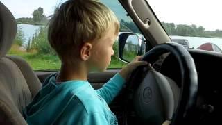 Дети ездят на машине(, 2014-08-02T13:58:04.000Z)