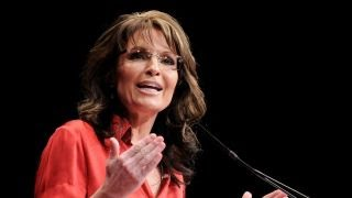 Sarah Palin sues NY Times for linking her to Gabby Giffords shooting