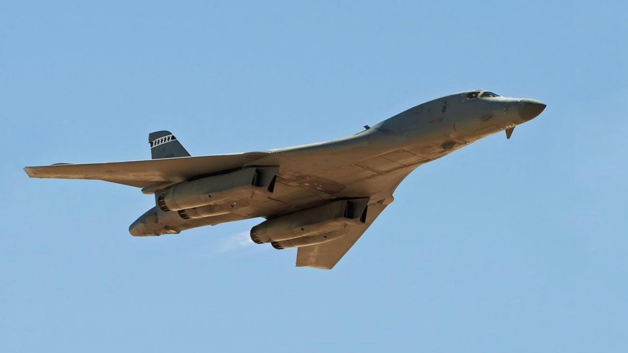 Rockwell B-1 Lancer Variable Sweep-Wing Supersonic Bomber ... B1 Lancer Supersonic