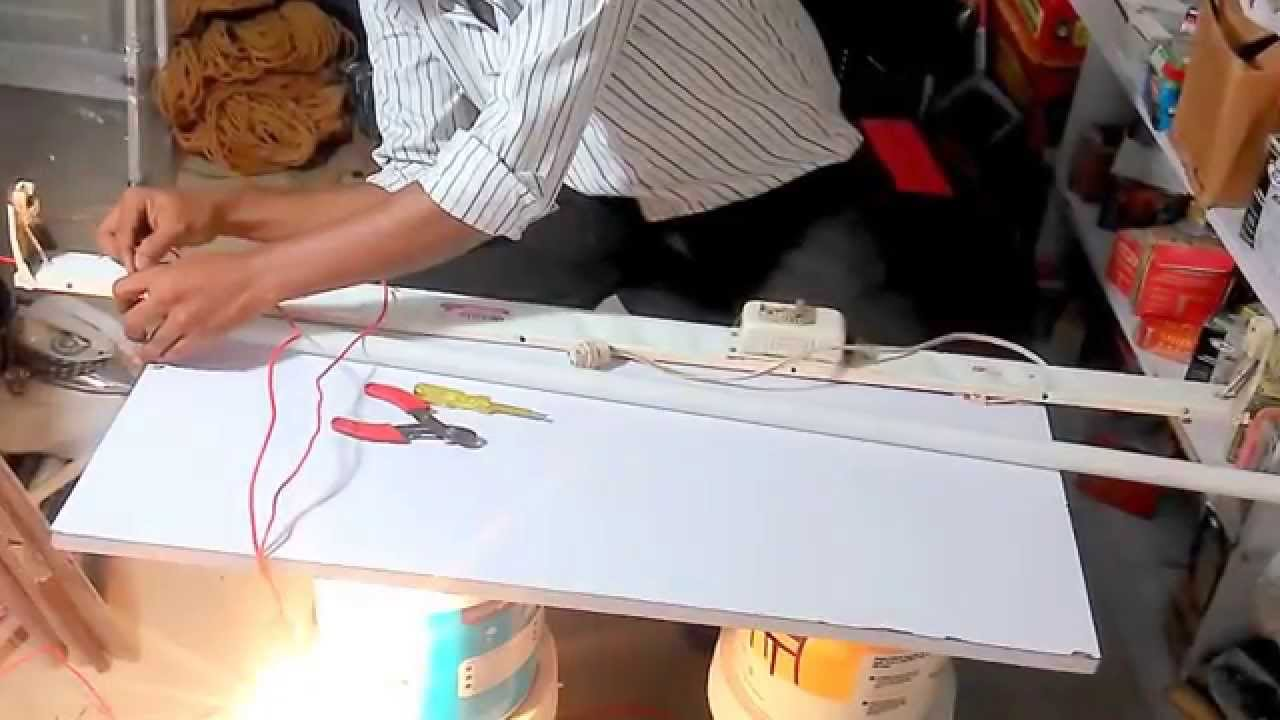 How To Repair Fluorescent Lamp U0026 Change Holder   YouTube
