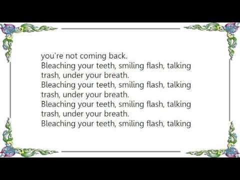 Broken Social Scene - Anthems for a Seventeen-Year-Old Girl Lyrics