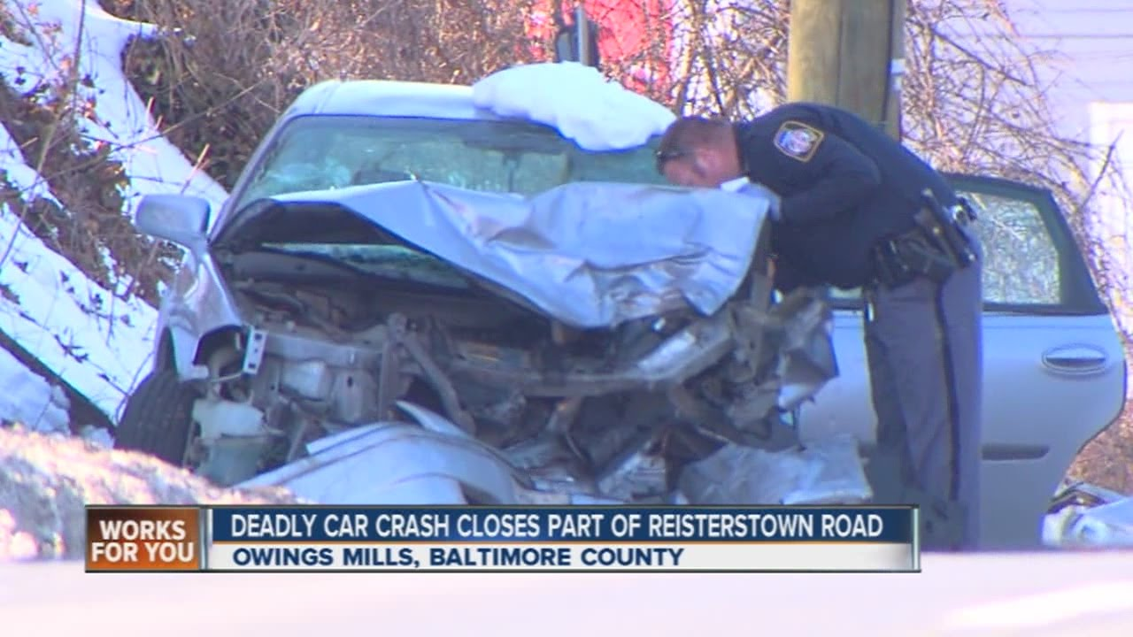 Deadly crash closes part of Reisterstown Road in Baltimore County