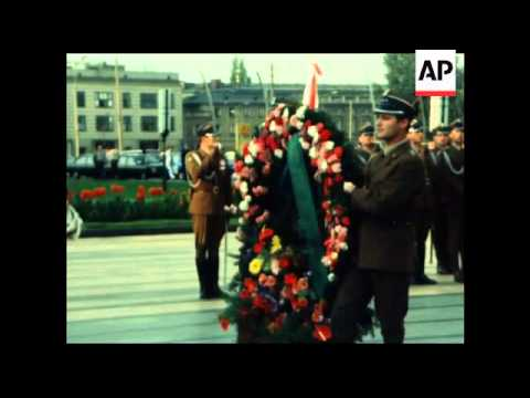 GS 15 09 82 POLAND'S PRESIDENT JARUZELSKI WELCOMES LIBYAN LEADER GADDAFI