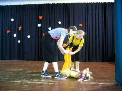 """circus group """"Jauniba"""", Riga Latvija. Komicheskie akrobati"""