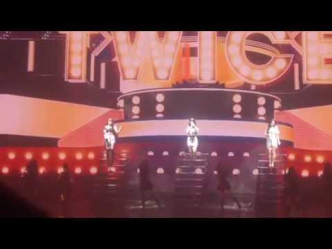Twice Chaeyoung , Nayeon and Jihyo covering Greedy of Ariana grande (Twice Land encore)