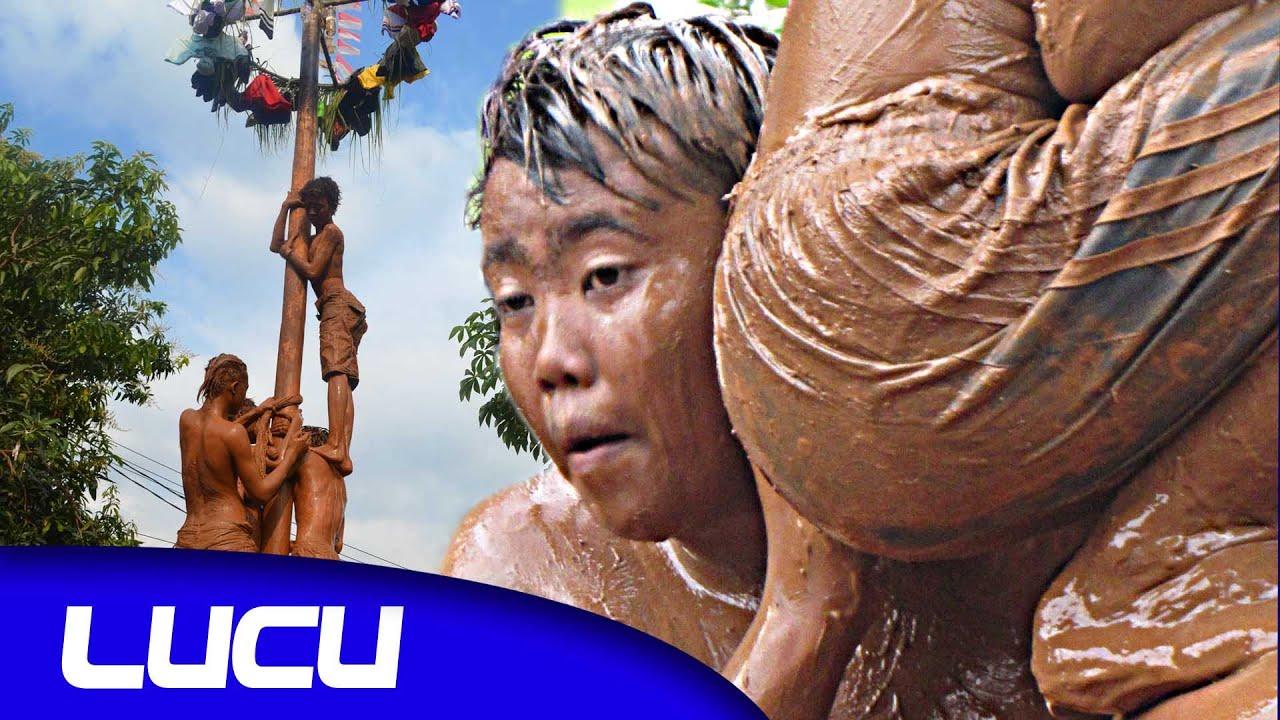 Gambar Lucu Gokil Panjat Pinang Update Status