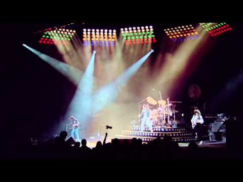 Queen - We Will Rock You Fast High Definition