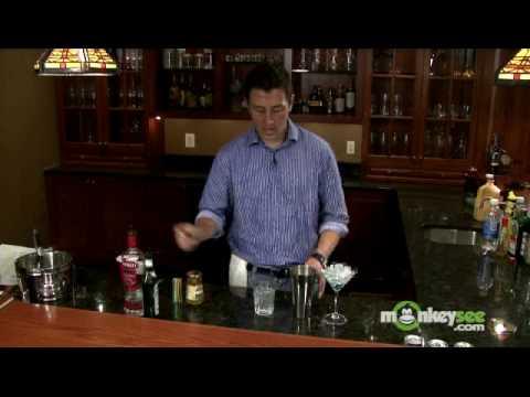 Vodka Drinks - How to Make a Vodka Martini