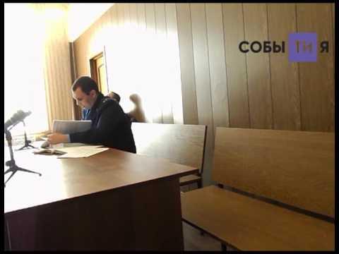 Прокурор зачитывает характеристику на Рамиля Ибрагимова