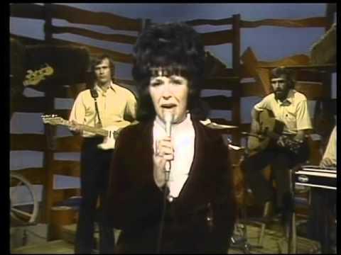 Wanda Jackson Cowboy Yodel