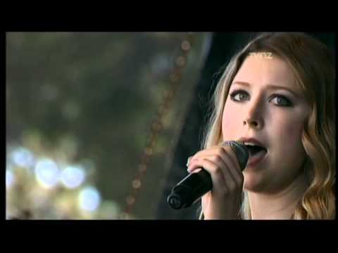 Amazing Grace - Hayley Westenra (a cappella) in Christchurch NZ