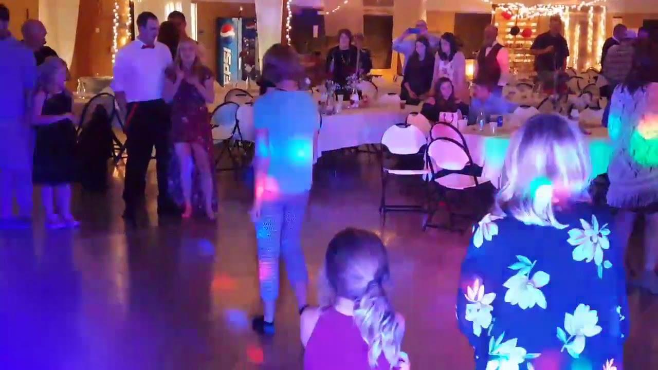 Wow Entertainment Wedding Djs Event Lighting A V Equipment Sioux Falls Sd