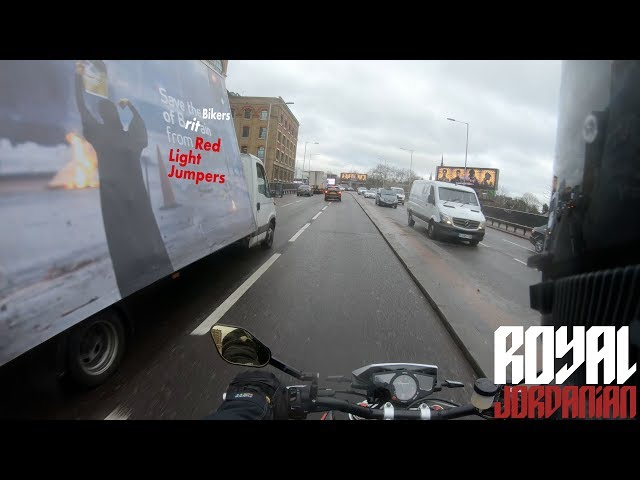 Save the bikers of Britain from Red Light Jumpers