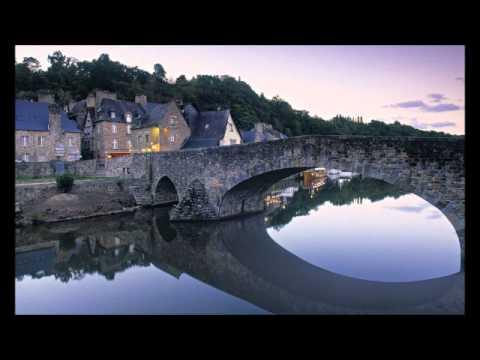 Her Majesty's Sound - Les Larmes